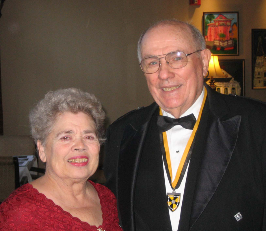Dr. Ruby Campbell and Kenn Campbell, 2011 AGM